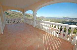 Villa in Vall de Laguar for sale